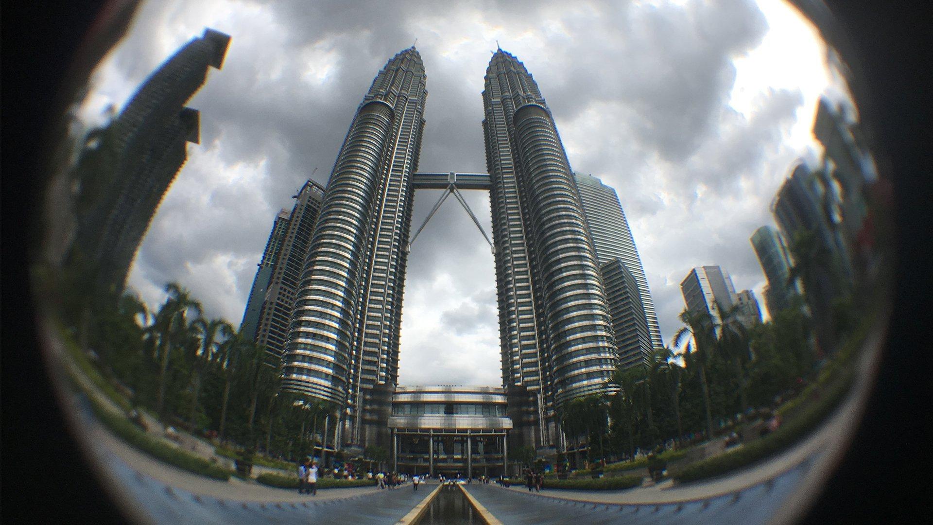 KL Petronas Standard iPhone with adapter