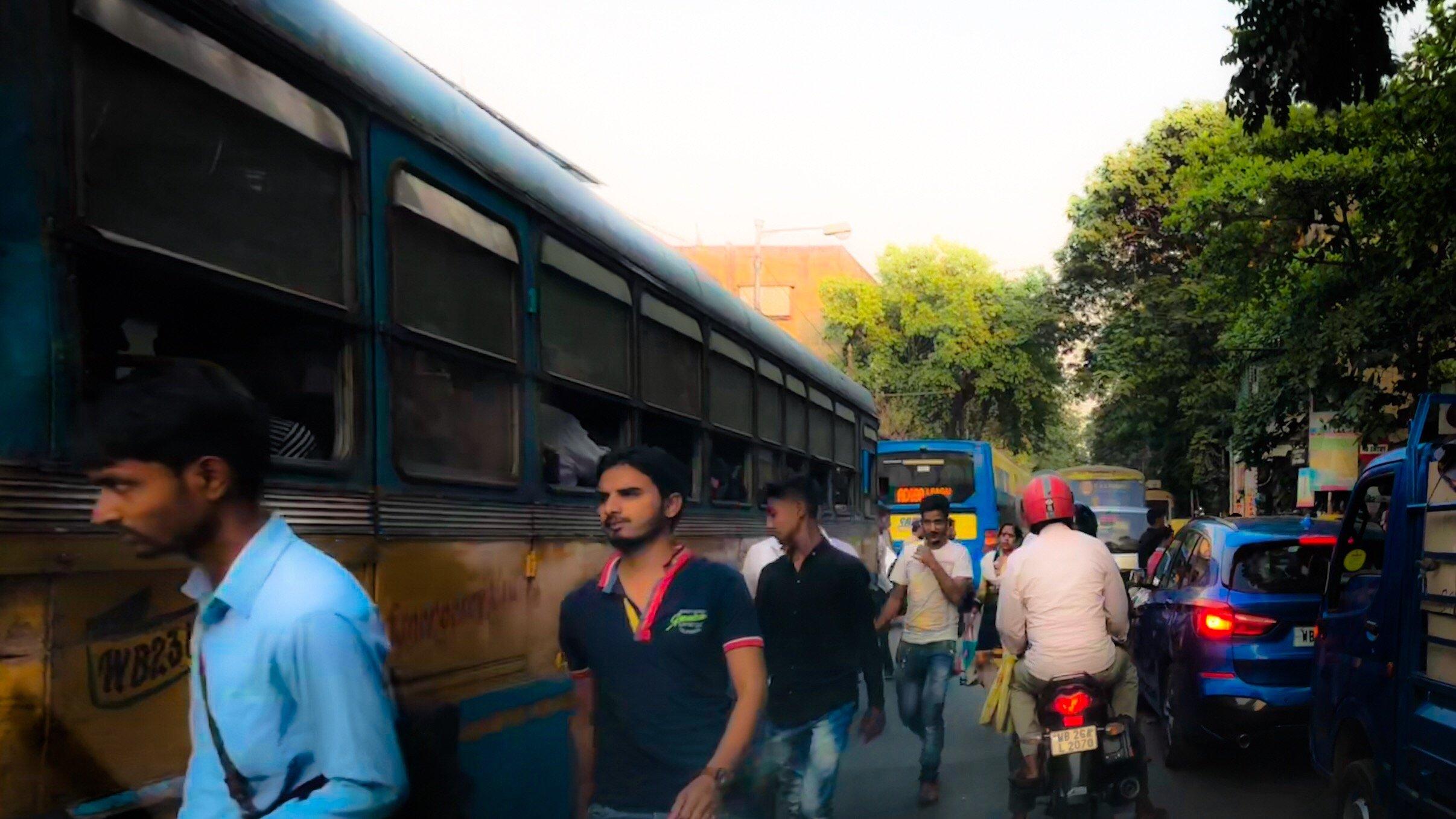 Kolkata-Pedestrian-Jam